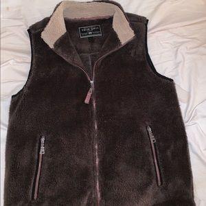 Men's True Grit Fleece Vest